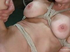 Veronica Avluv, BDSM